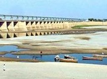 India-Pakistan dispute on Kishenganga hydro project; India's right upheld to divert water