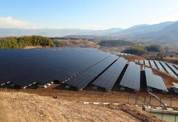Japan_Solar_Installation